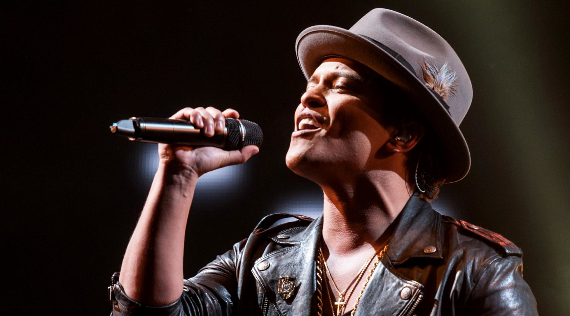 Bruno Mars Wallpapers (67+ Pictures