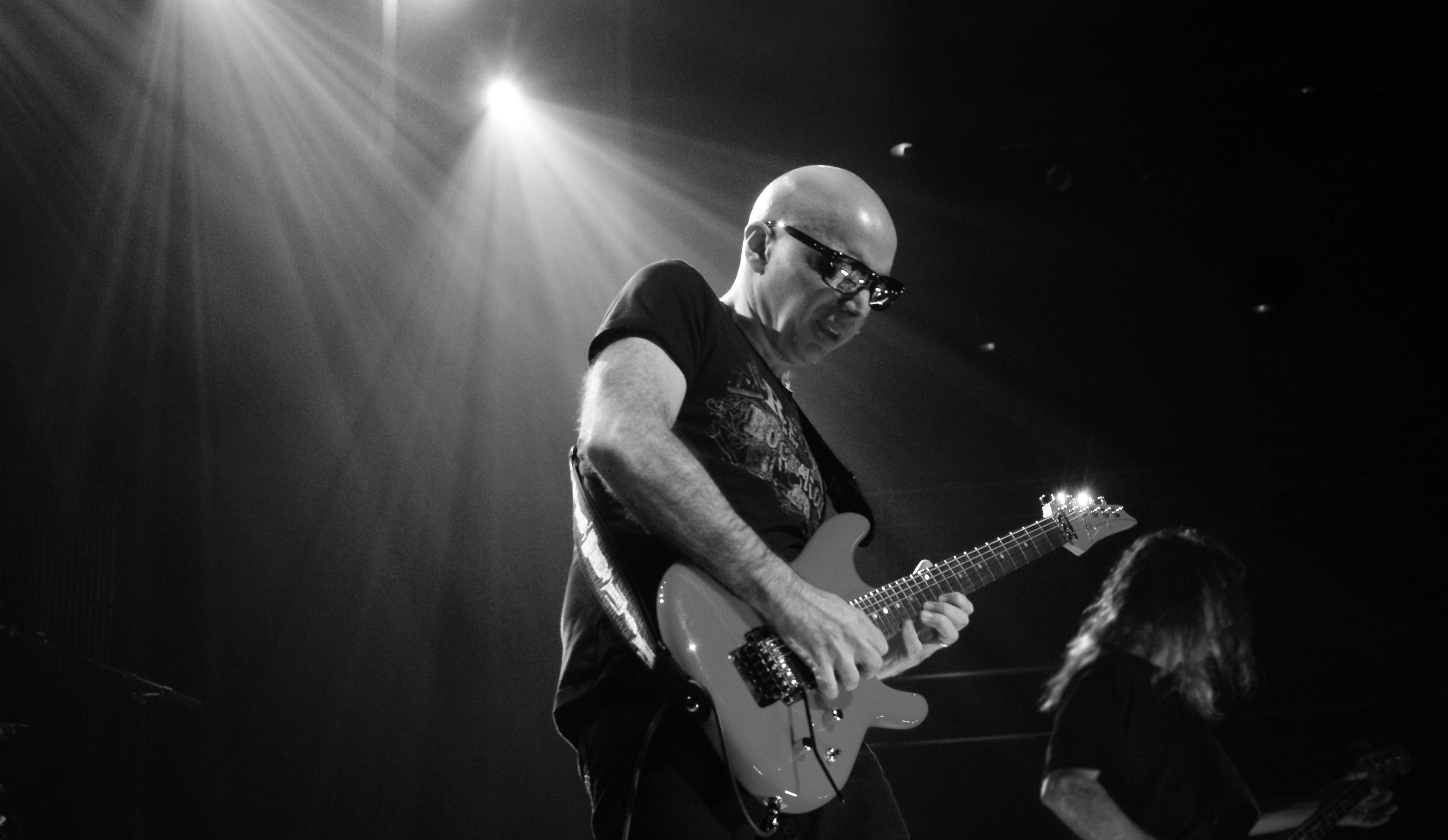 Joe Satriani Wallpapers 72 Pictures