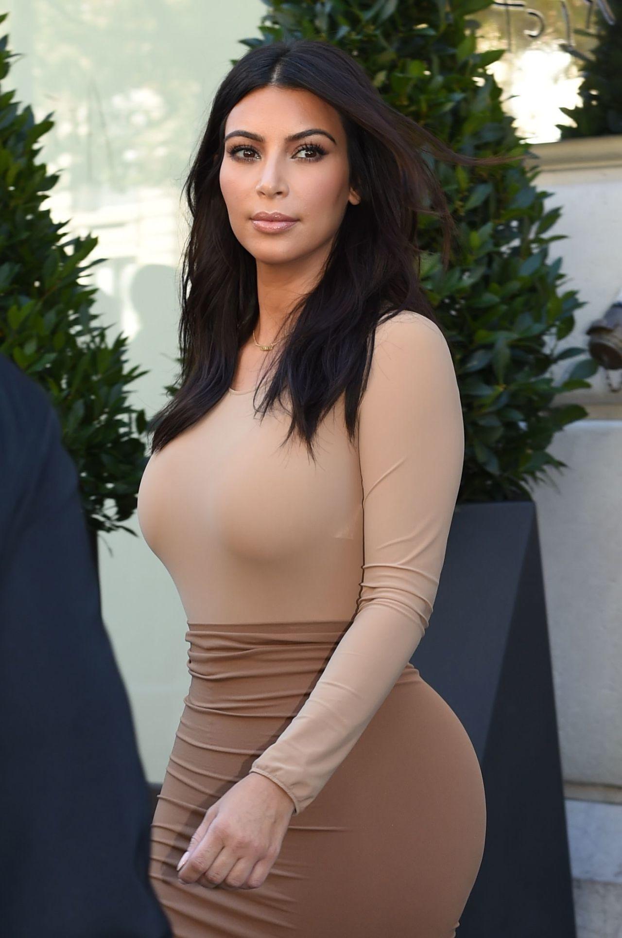 Kim Kardashian Wallpaper 2018 72 Pictures
