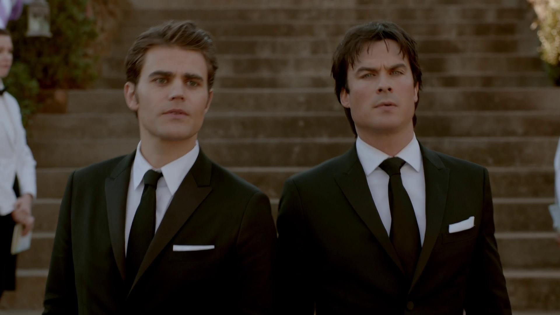 Damon And Stefan Salvatore Season 4 Damon Salvatore Wallpa...