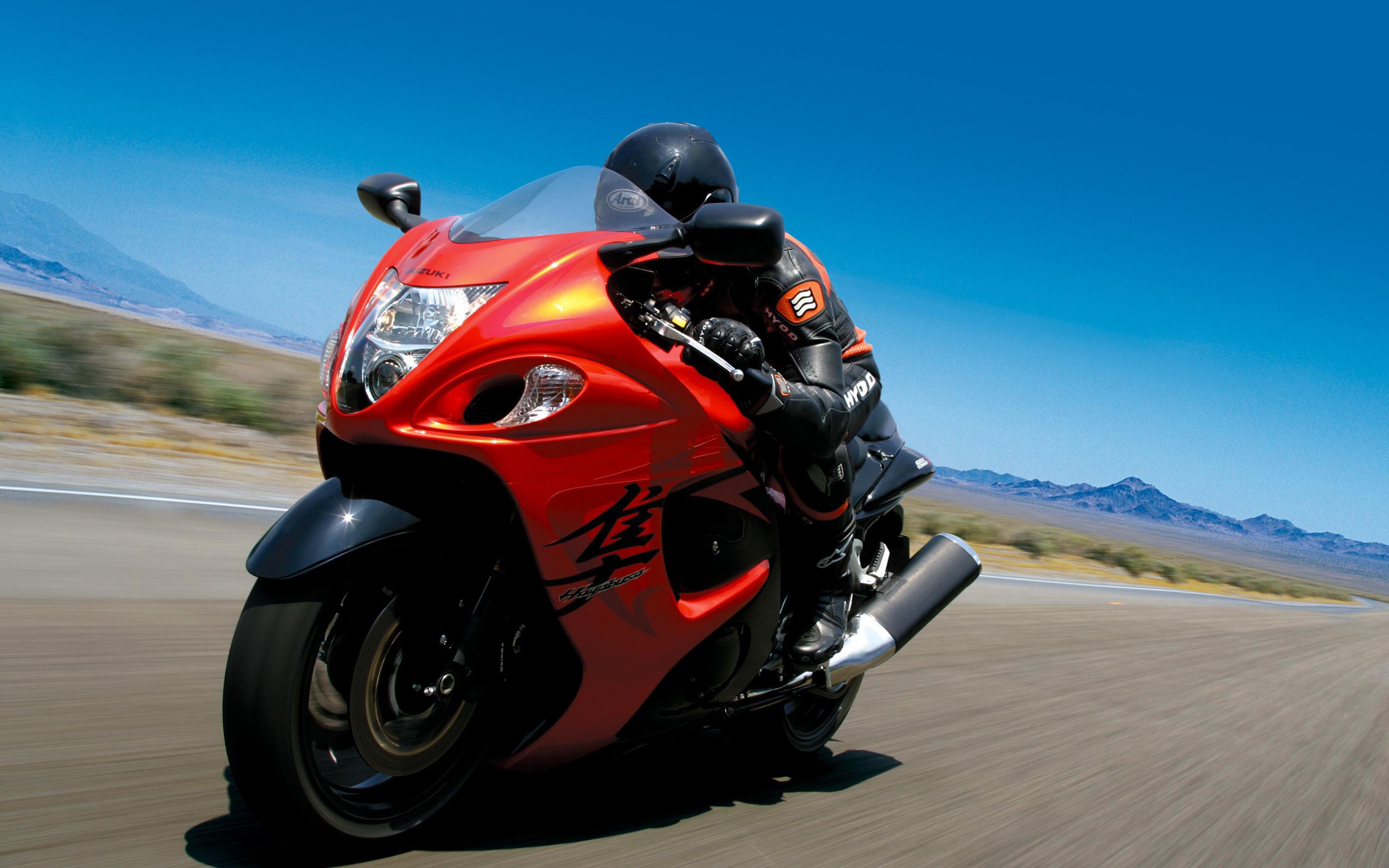 Amazing 2008 Suzuki Hayabusa 2560x1600