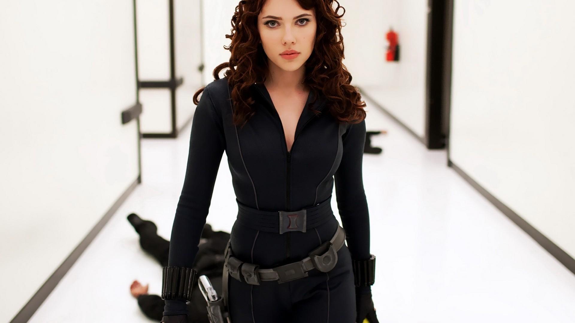 Natasha Romanoff Iron Man wallpaper