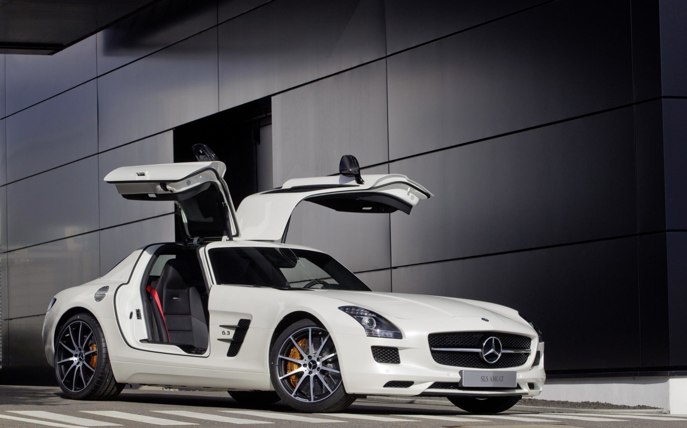 Mercedes Benz Amg Wallpaper 75 Pictures