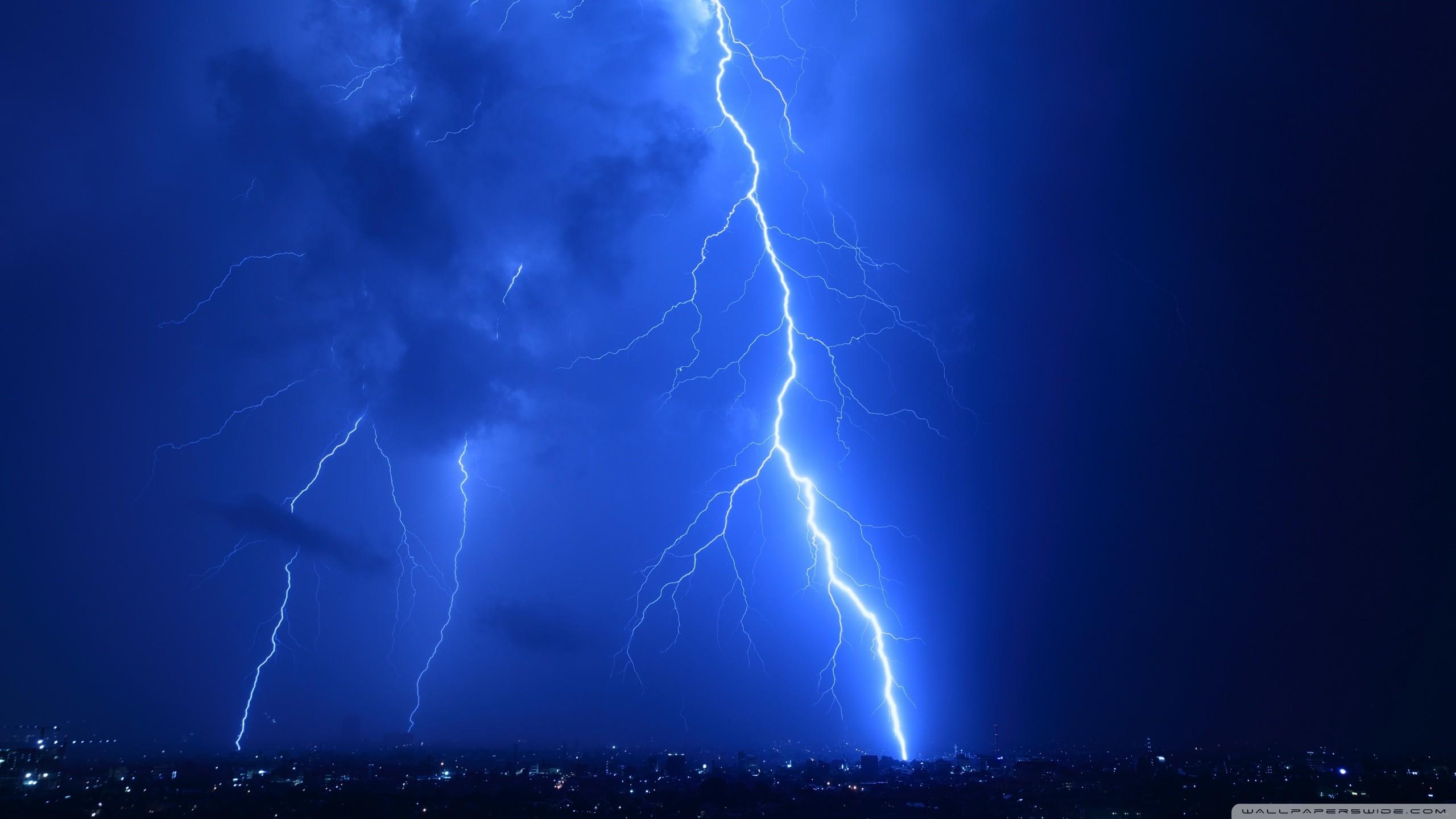 2000x1484 lightning strike wallpaper #588184