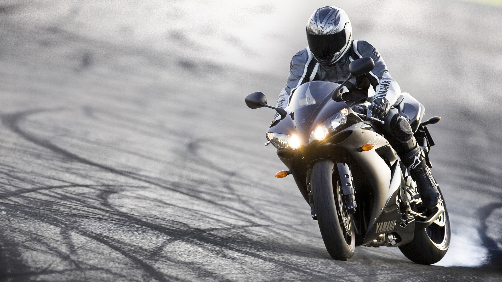 motorcycle background a  Motorcycle Background Pictures (60  pictures)